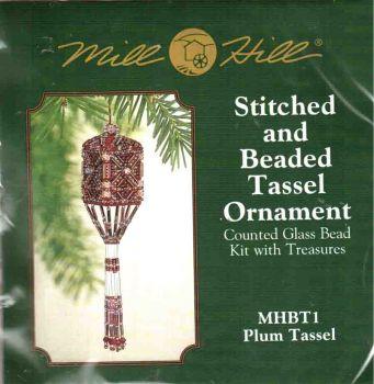 Plum Tassel MHBT1 / Гирлянда