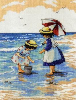 Gathering Shells 2486 / Собирая ракушки