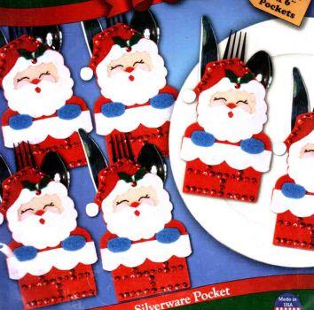 Santa in Chimney Silverware Pockets 5376 / Карманы в виде санты в дымоходе для сервировки стола