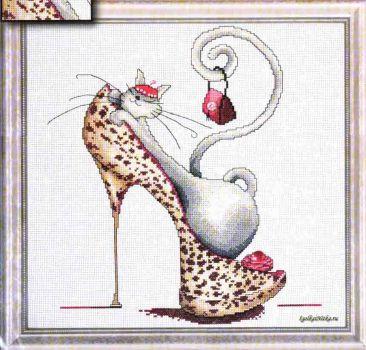 Fashionista Cat 2744 / Кошка Модница