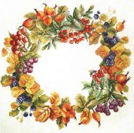 Circlet of Berries 06.002.55 / Ягодный венок