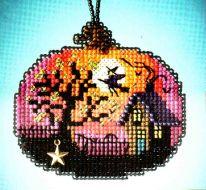 Bewitching Pumpkin MH16-2024 / Очаровательная тыква