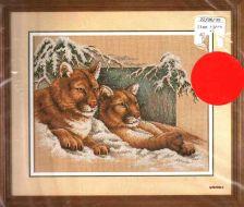 Snowy Cougars 13655 / Снежные Пумы